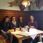 Katrin, Gaby, Hanne und Annette in der Wanderpause